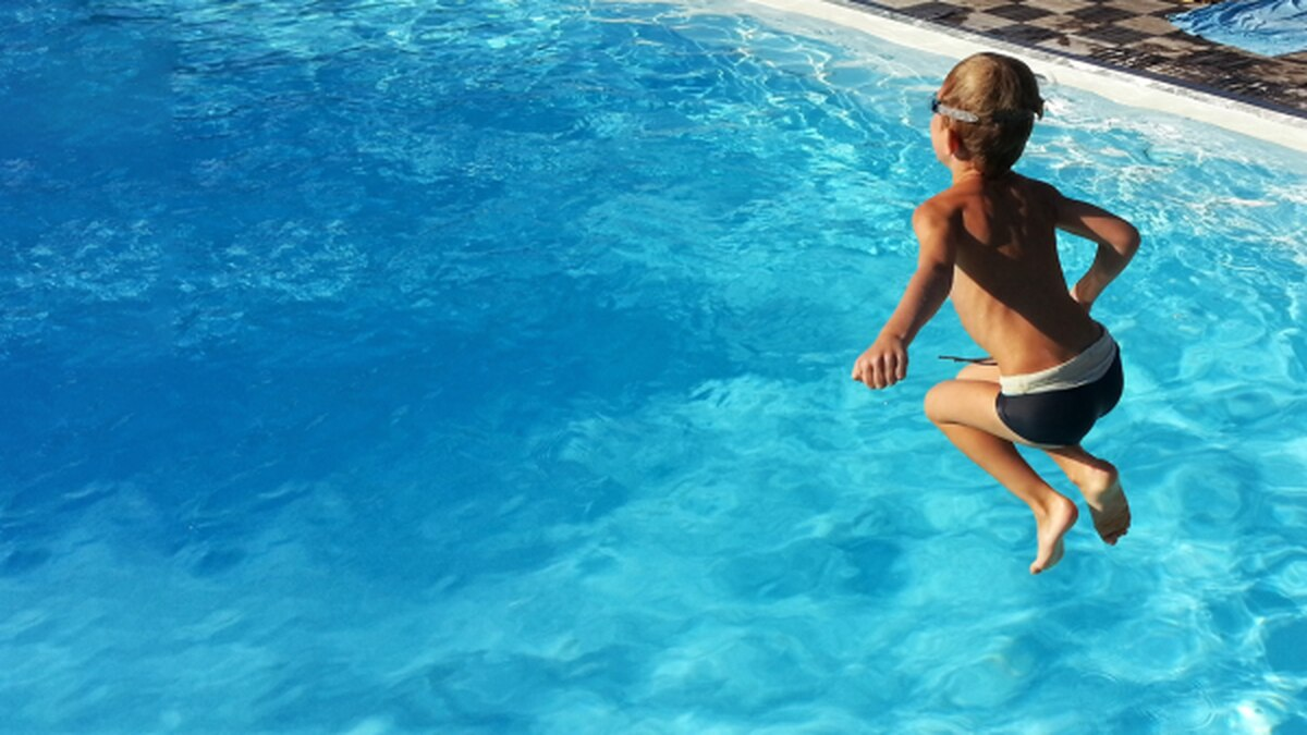 Coronavirus and Swimming: What You Need to Know