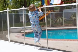 pool safety laws in forest glen